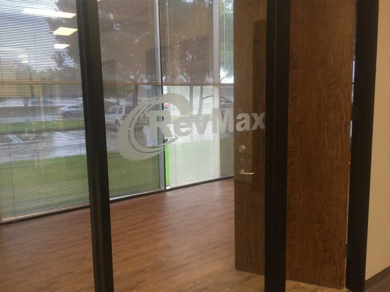 Decorative Window Films - image 1-7 on https://skylightwindowfilms.com